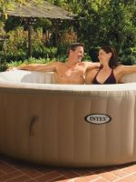 jacuzzi exterior inchable